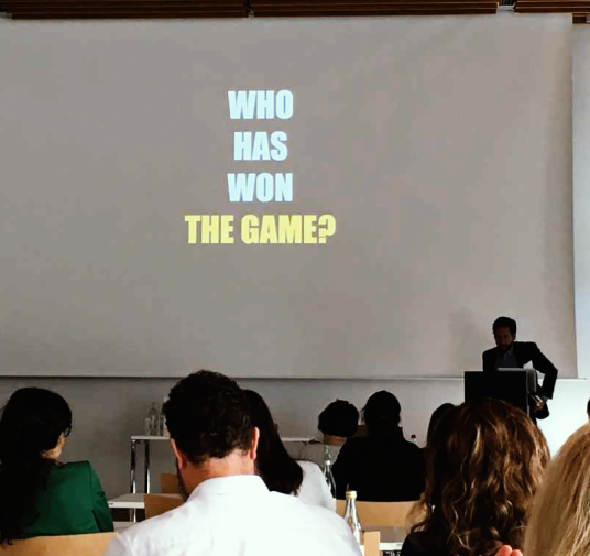 MDS summer school participants competed for a bottle of wine in a DBS game